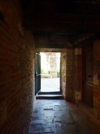 Une entrée du cloître